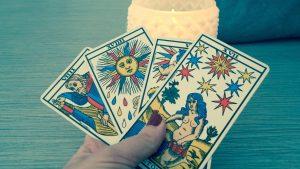 Se sentir mieux grâce aux horoscopes (tarots)
