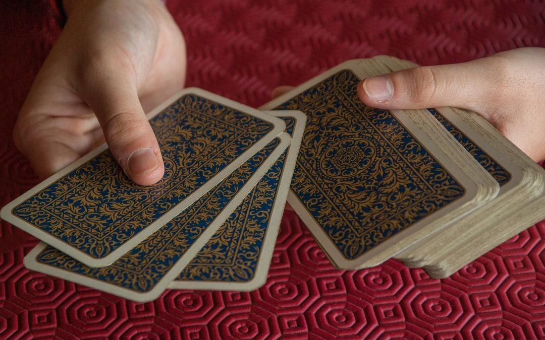 Comment se tirer les cartes pour soi avec l'oracle de l'Énergie ?