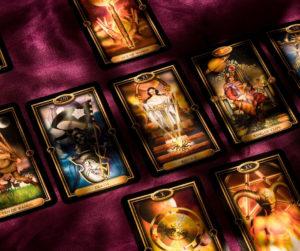 Comment commencer à apprendre le Tarot ?