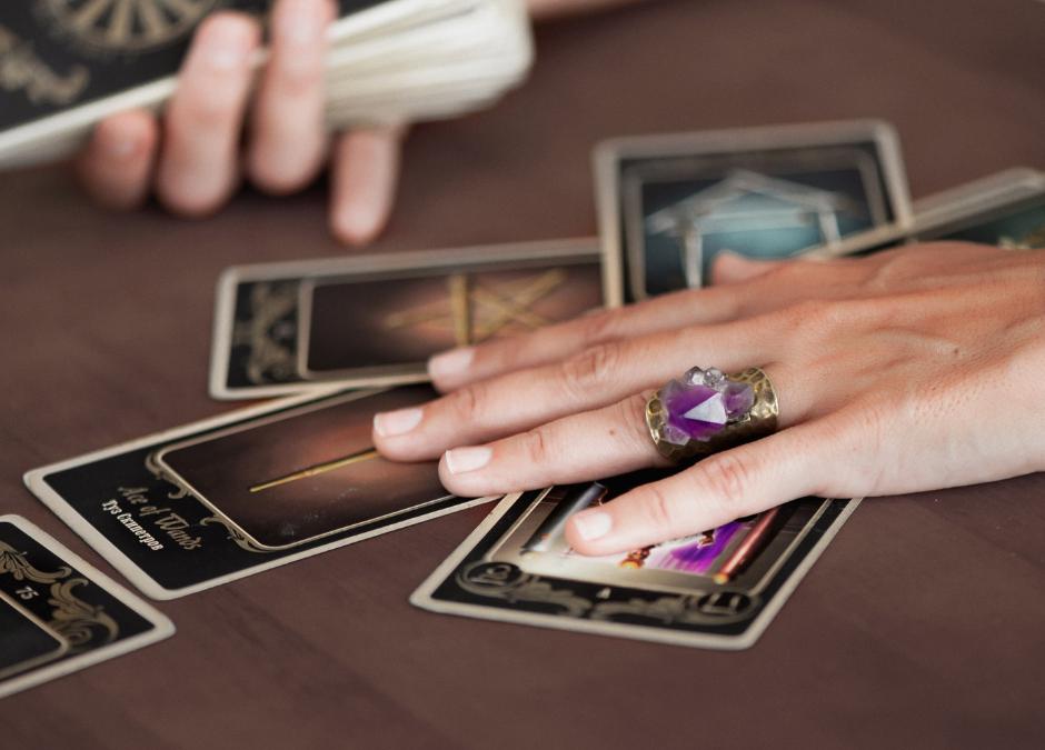 Apprendre le tarot voyance : Comment apprendre les 22 cartes majeurs ?