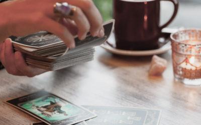 Comment rester confiant(te) en pratiquant le Tarot  divinatoire